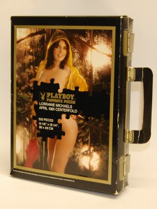 AP3217 Lorraine Michaels Playboy Playmate Puzzle Vintage Suitcase AP3217 1